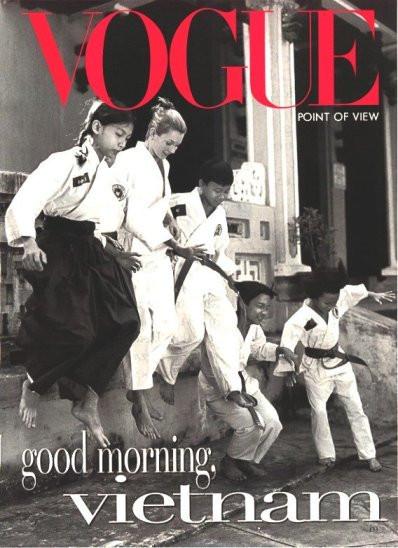 Кейт Мосс на обложках vogue. Изображение № 17.