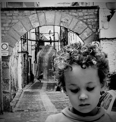 Детство, похожее наигрушечных пупсов. byJaime Monfort. Изображение № 32.