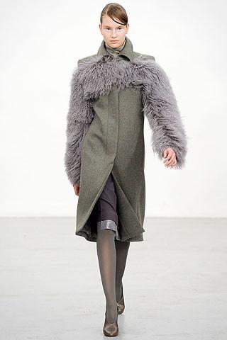 Новости моды: Выставки Chloe и Salvatore Ferragamo, Vogue в Таиланде и проект Michael Kors. Изображение № 3.