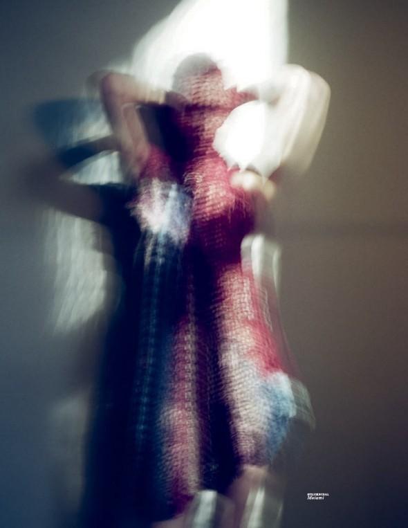 Съемки: Vogue, Elle, Tush и другие. Изображение № 23.