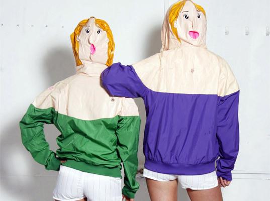 Одежда из надувных кукол. Изображение № 1.