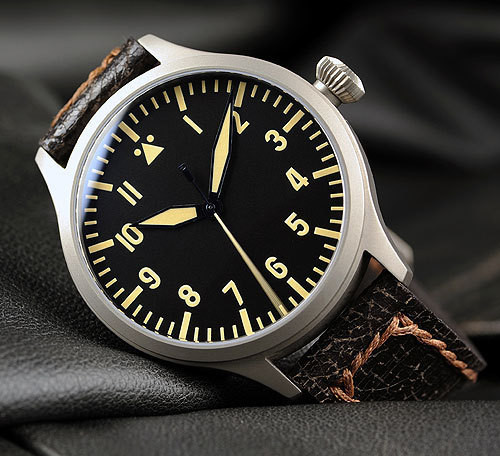 Steinhart Nav.B-Uhr vintage TITANIUM. 420 EUR (19% VAT incl.). Изображение № 37.