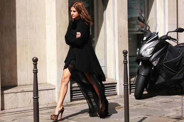 Уличный стиль на Неделе высокой моды в Париже. Изображение № 94.