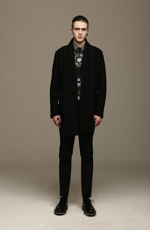 Marni и Marc Jacobs выпустили новые лукбуки. Изображение № 73.
