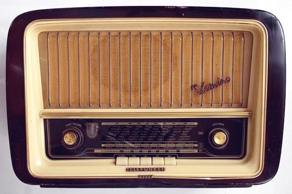 Радиоприемники в стиле ретро. Изображение № 11.