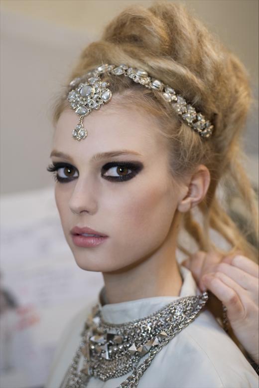 Детали с показа Chanel Pre-Fall 2012. Изображение № 38.