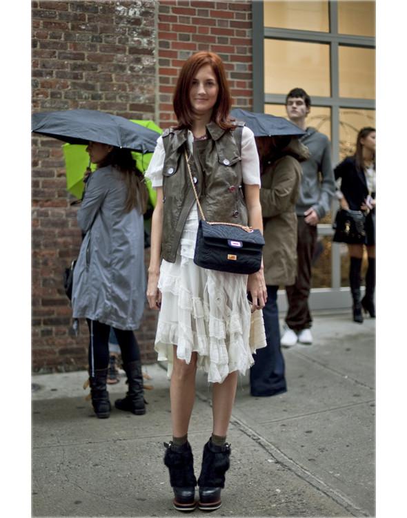 Как одеться на Неделю Моды. Изображение № 27.