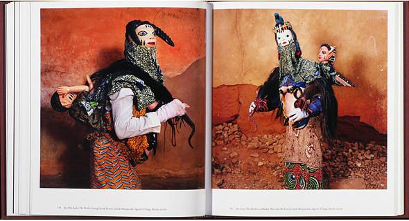 12 альбомов фотографий непривычной Африки. Изображение № 70.