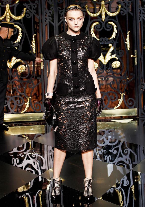 Изображение 16. Louis Vuitton Fall 2011.. Изображение № 16.