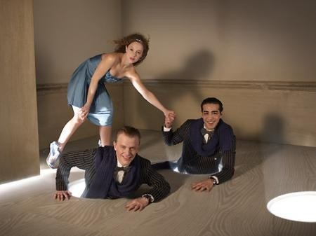 Молодые французские актеры и мир Кэрролла. Изображение № 6.