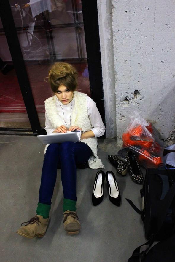 Ulyana Sergeenko SS 2012. Backstage. Изображение № 24.