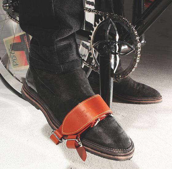 Велосипед для игры в поло от Louis Vuitton. Изображение № 5.