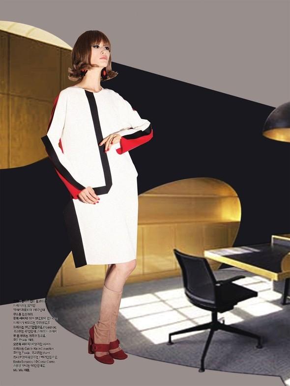 """Съемка: сет """"60s Bang Bang"""" в корейском Harper's Bazaar. Изображение № 3."""