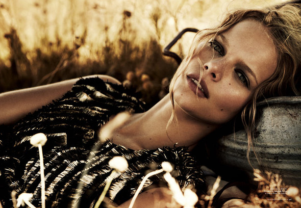 Marloes Horst by Will Davidson for Harpers Bazaar Australia March2012. Изображение № 7.