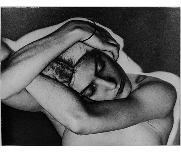 Части тела: Обнаженные женщины на винтажных фотографиях. Изображение №65.