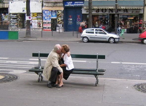 Пожилые влюбленные пары. Изображение № 7.