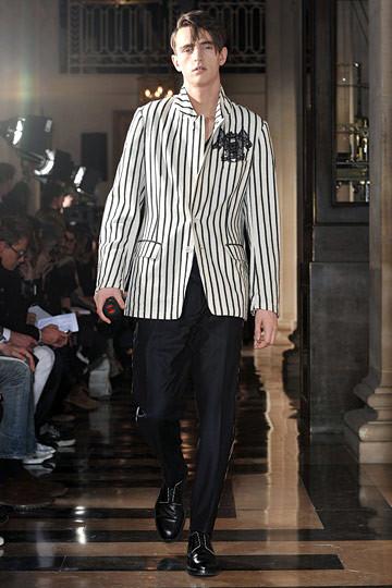 Неделя моды в Париже: мужские показы. Изображение № 60.