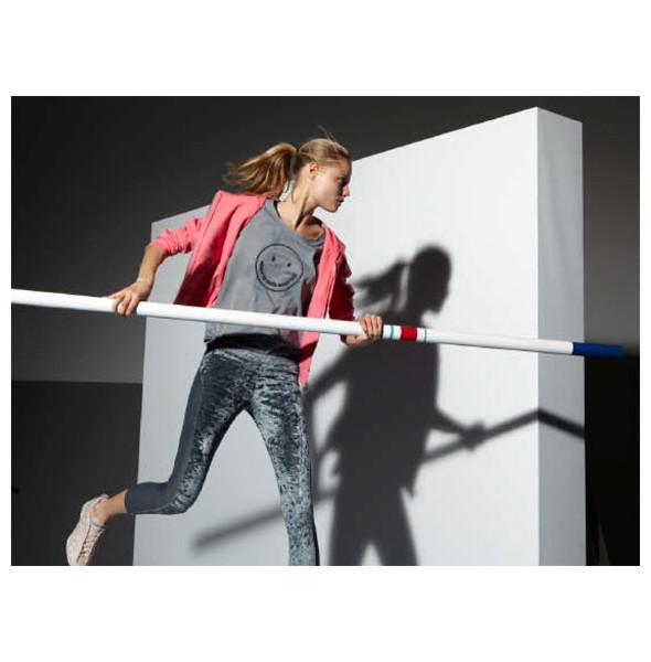 Стелла Маккартни создала светящуюся одежду для Adidas. Изображение № 15.
