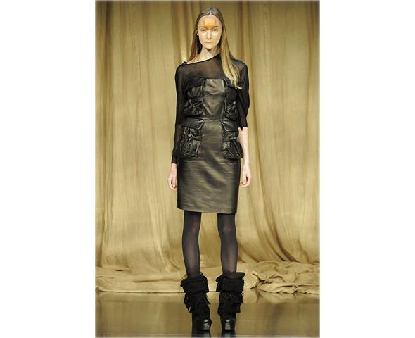 Новые коллекции: Acne, Dior, Moschino, Viktor & Rolf. Изображение № 56.