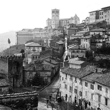 Изображение 3. Elio Ciol – черно-белый фотограф Ассизи.. Изображение № 3.