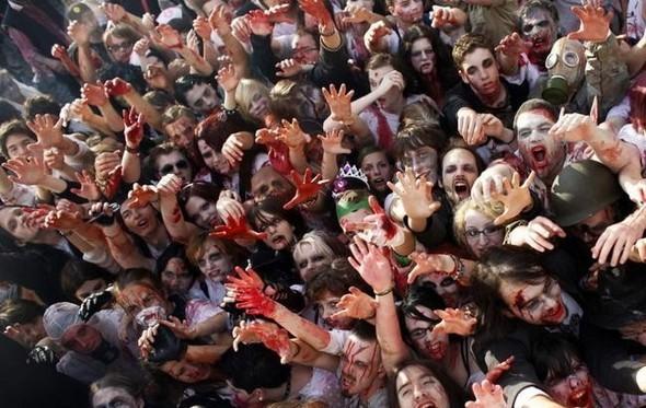 ВоФранкфурте прошел парад зомби. Изображение № 5.