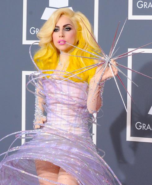 Очередные метаморфозы Lady Gaga. Изображение № 9.