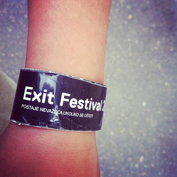 Дневник с фестиваля Exit: Ракия, южная душа, фейерверки и лазеры. Изображение № 12.