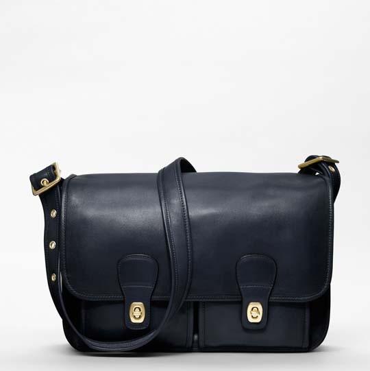Лукбук: сумки Coach Classics. Изображение № 8.