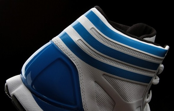 Hedo Turkoglu Adidas adizero Crazy Light. Изображение № 4.