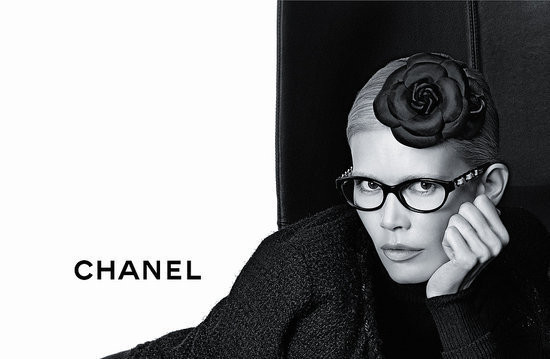 Изображение 4. Клаудия Шиффер снялась в рекламе очков Chanel.. Изображение № 4.