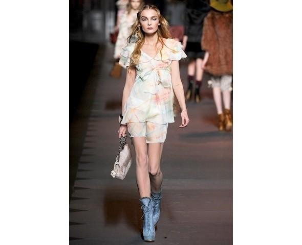 Показ Dior FW 2011. Изображение № 19.