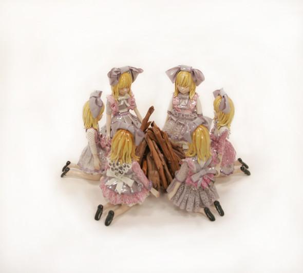 Кровавые куколки. Изображение № 2.