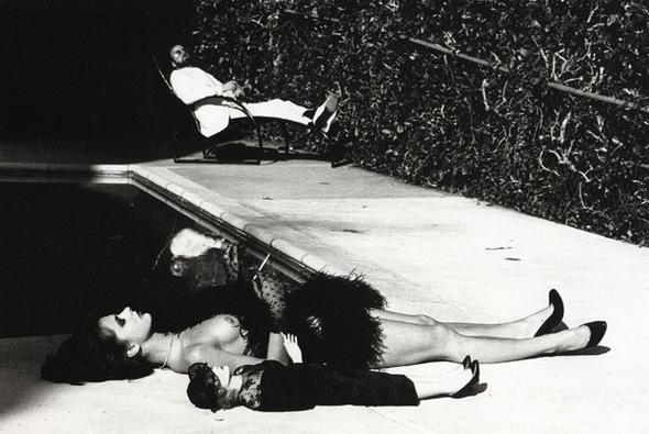 Helmut Newton-гурман женской плоти. Изображение № 35.