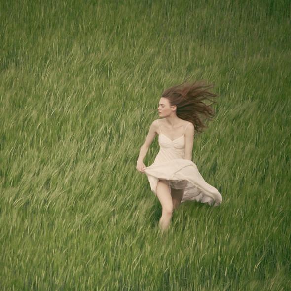 Тонкие материи в фотографии Томека Янковски. Изображение № 20.
