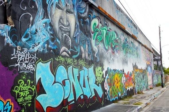 Изображение 12. Уличное Майами.. Изображение № 12.