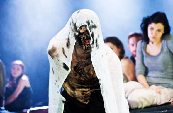 Свежая кровь: Давид Бобе, театральный режиссер. Изображение № 17.