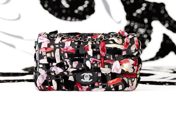 Изображение 2. Лукбук: Chanel Bags SS 2011.. Изображение № 2.