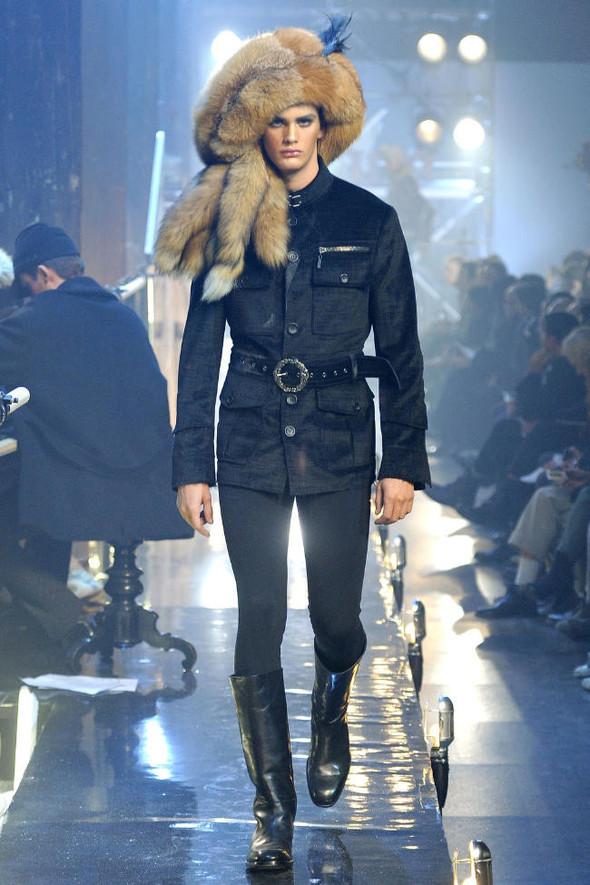 Джон Гальяно/ Осень-зима 2011/ Неделя моды в Париже. Изображение № 2.