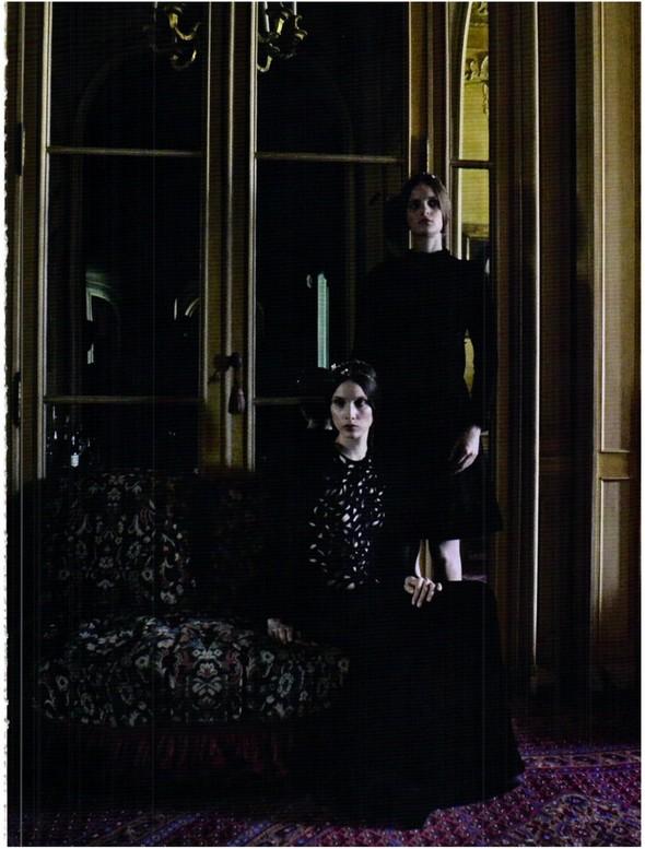 Съёмка: Кутюр Valentino в итальянском Vogue. Изображение № 12.