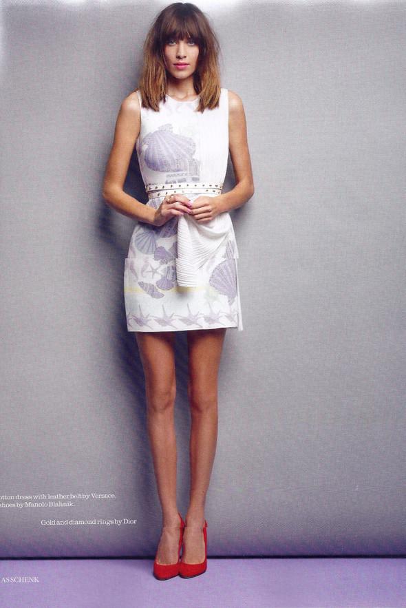 Съёмка: Алекса Чанг для Elle. Изображение № 4.