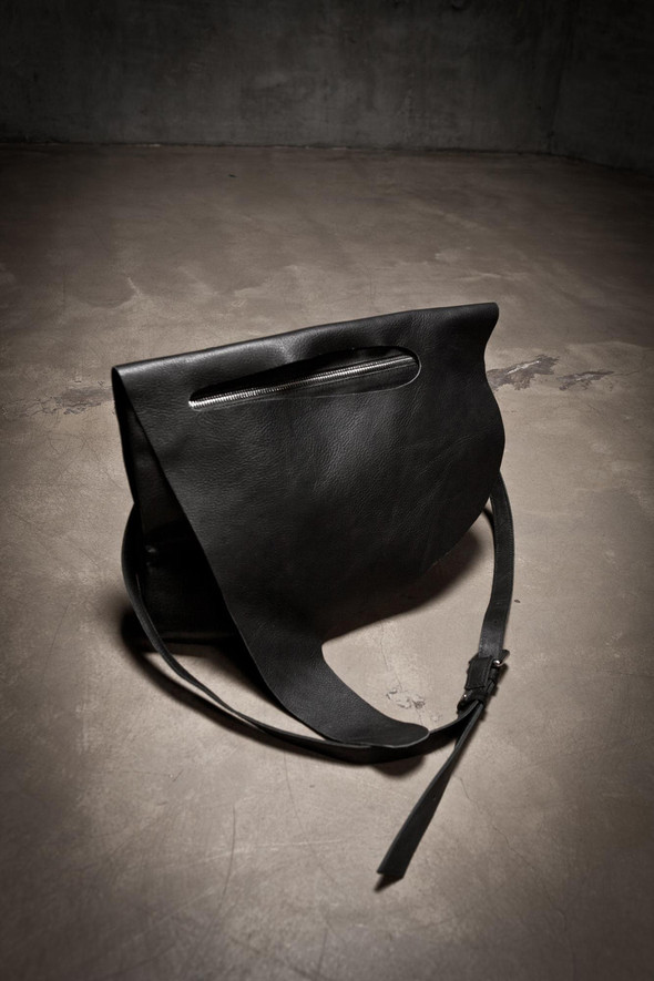 Лукбук: сумки Love Corporation SS 2012. Изображение № 15.