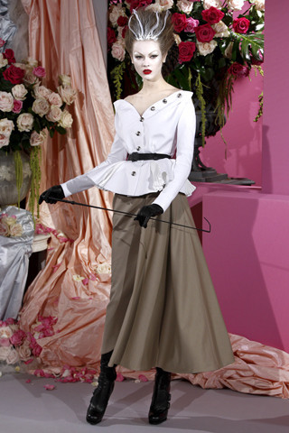 Неделя моды в Париже: Haute Couture. Изображение № 8.