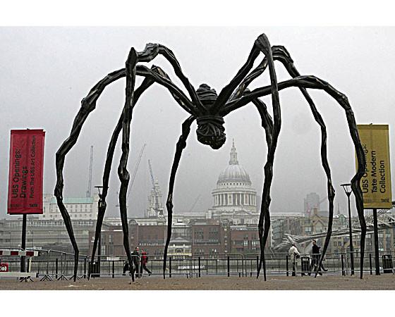 Гигантомания: 20 огромных скульптур современных художников. Изображение № 22.