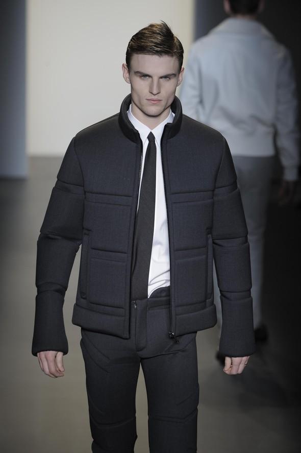 Calvin Klein 2009–2010. Изображение № 32.