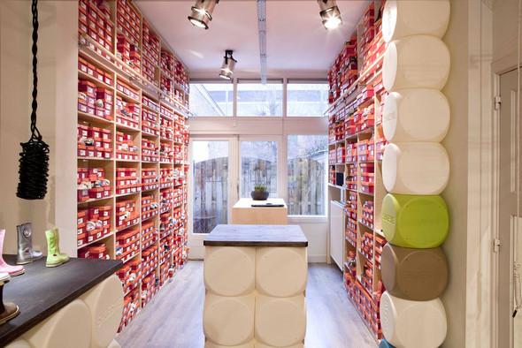 Магазин детской обуви от Тёна Флескенса. Изображение № 8.