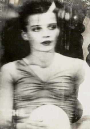 Части тела: Обнаженные женщины на фотографиях 70х-80х годов. Изображение № 50.