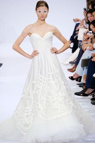"""""""Выбираем свадебное платье!"""" 93 идеи ведущих дизайнеров. Изображение № 61."""