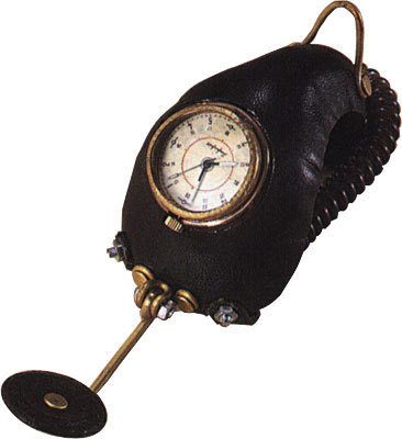 Чудо Часы отHaruo Suekichi. Изображение № 23.