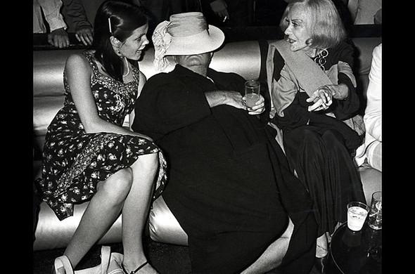 Короли вечеринок: 10 фотографов, снимающих светские и молодежные тусовки. Изображение № 3.