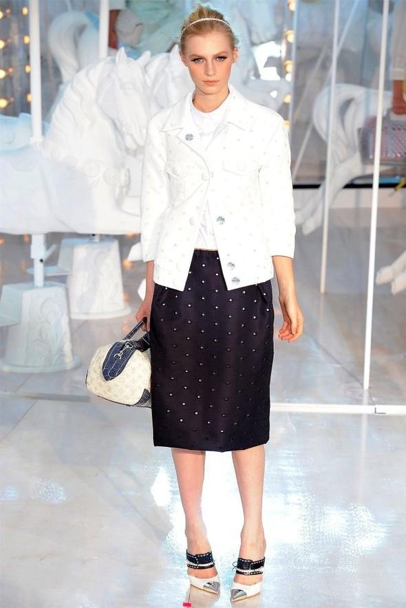 Неделя моды в Париже: Louis Vuitton весна 2012. Изображение № 19.